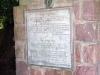 Hinweisschild am Briefkasten unter dem Old Post Tree